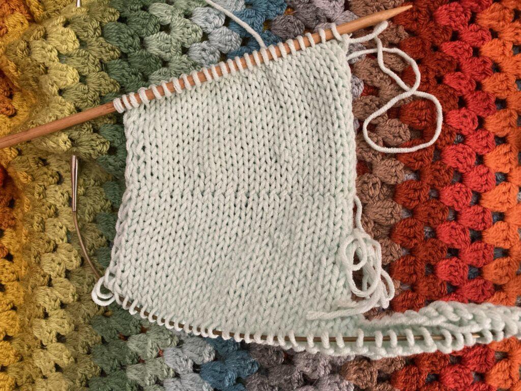 Top down, simultaneous set-in sleeve method 4